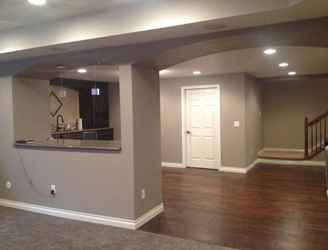 residential painting contractors in kansas city painting a living room